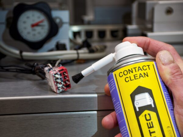 Innotec 1321 Contact Clean 4